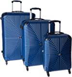 IT Luggage Intersection 4 Wheel 3 Pc Set with Expander S827