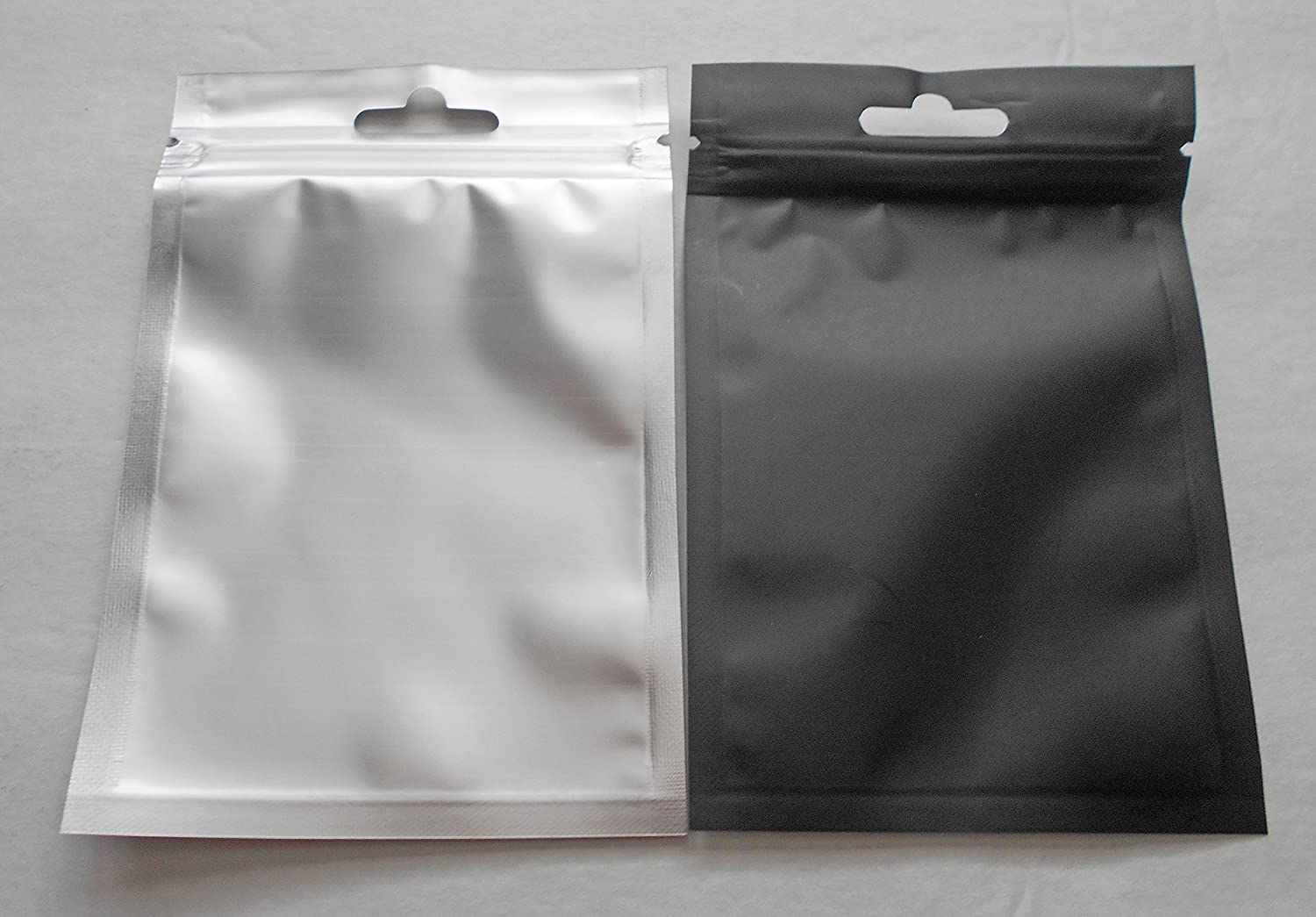 100 White 3.5x5 Aluminum//Foil Pouches Mylar Ziplock Bag Smell Proof Packaging