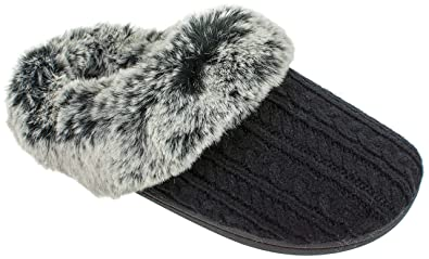 2b5bf73537cb IZOD Women s Slippers