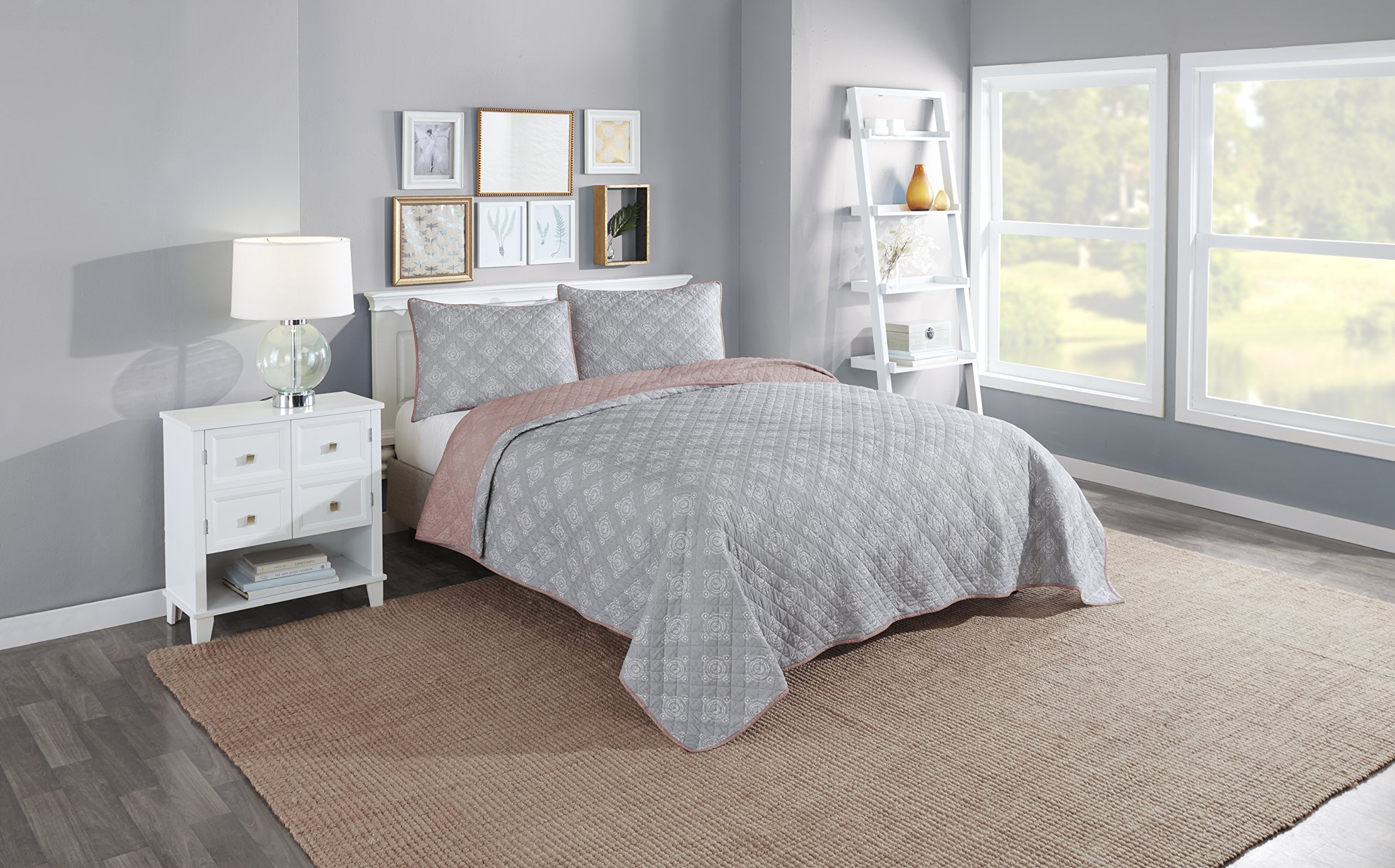 Vue 16744BEDDKNGMUL 3 Piece Bethania Reversible Quilt Set, King, Multicolor