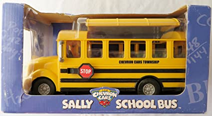 Amazon Com Chevron Cars Sally School Bus With Removable Roof Toys