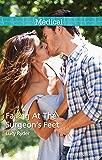 Mills & Boon : Falling At The Surgeon's Feet (New York City Docs)