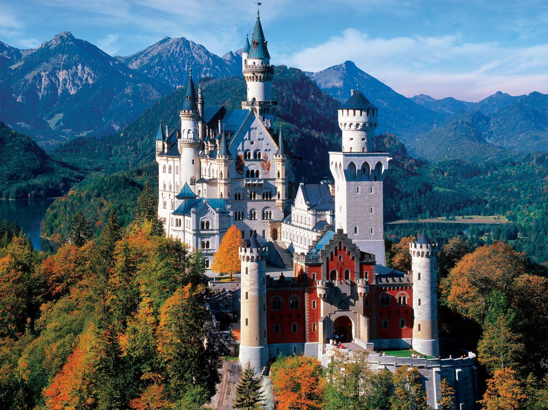 Majestic Castles - Neuschwanstein Castle Bavaria - 750 Piece Jigsaw Puzzle