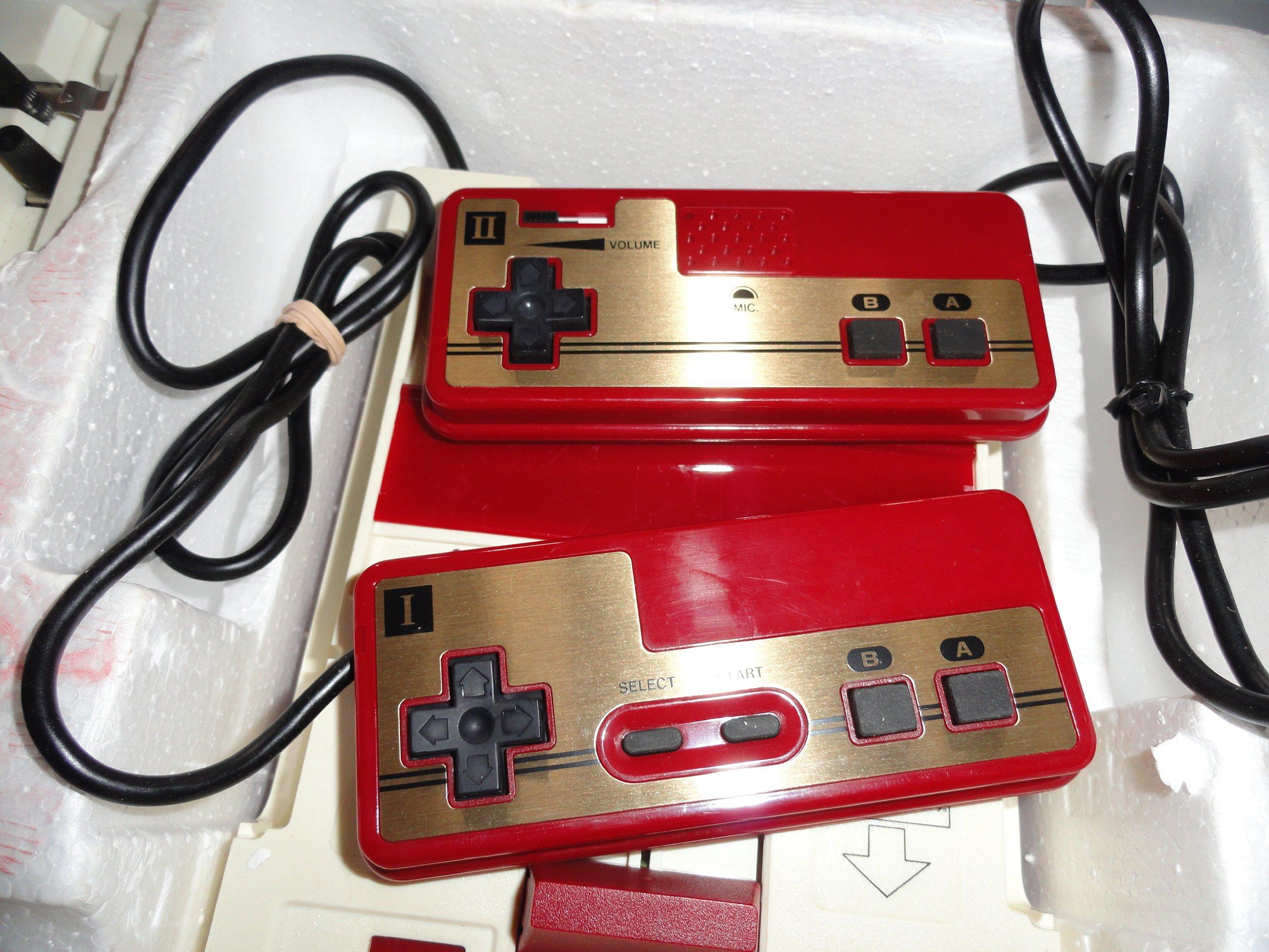 Nintendo Famicom (Family Computer System), Original 1983 Japanese Console by Nintendo (Image #4)