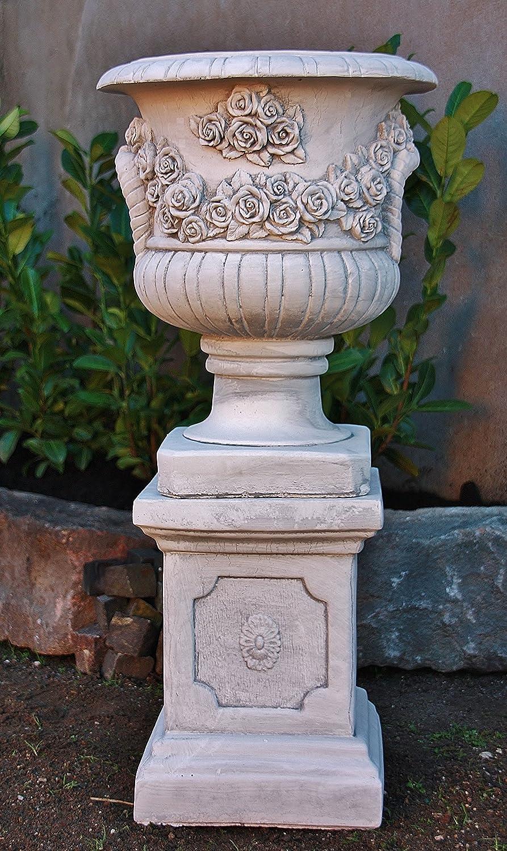 Skulptur aus Steinguss Rosen Amphore mit Sockel