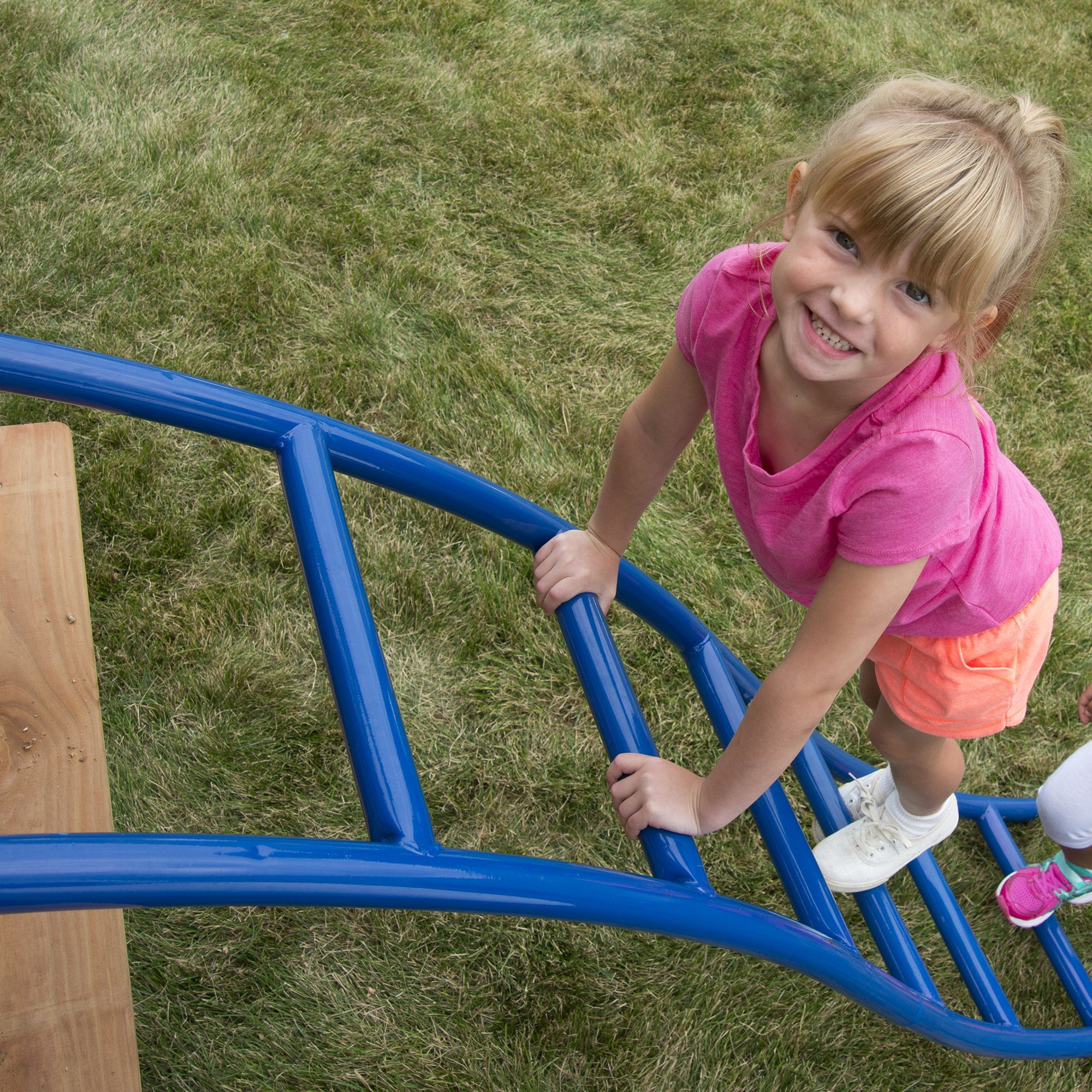 Swing-N-Slide NE 5040 Metal Arch Ladder with Multiple Configurations for Swing Sets, Play Sets & Playhouses, Blue & Red by Swing-N-Slide (Image #5)