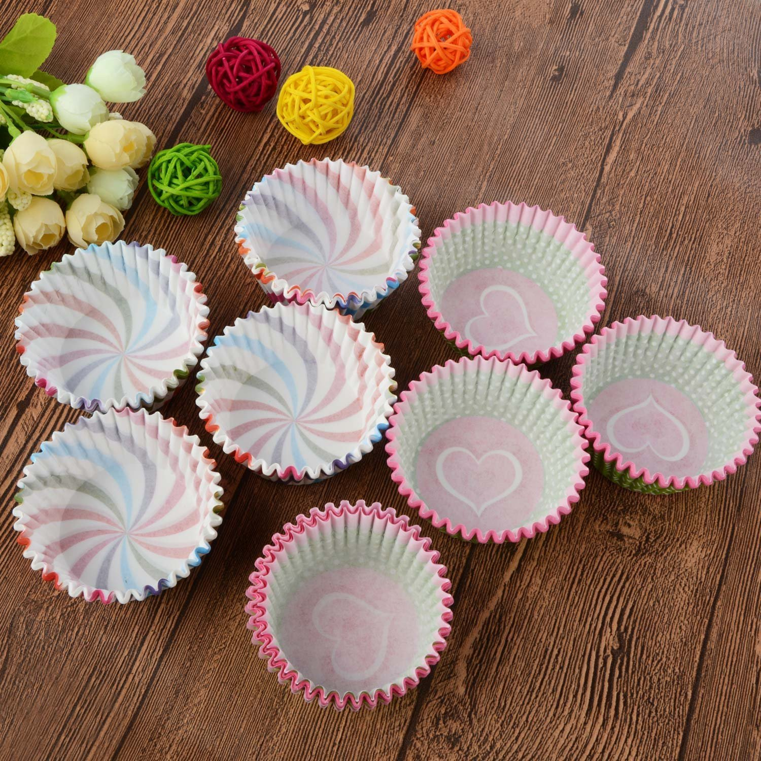 Standard Paper Baking Cases for Cupcakes for Holiday Parties Birthday Weddings Pack of 100 Random Pattern 7(D)*3(H)CM