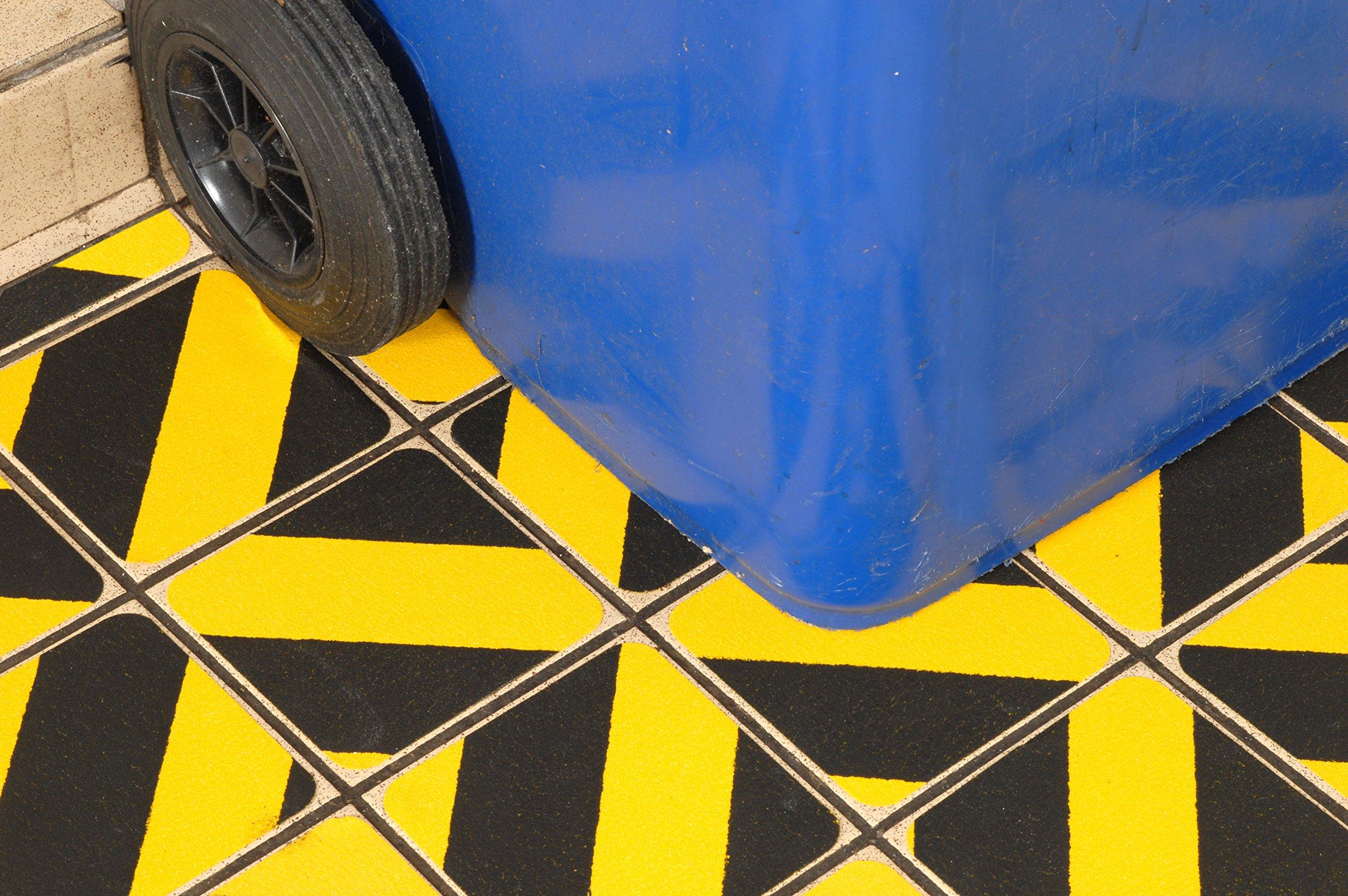 Black Yellow Hazard Non Slip Flooring Die Cuts 5.5x5.5''