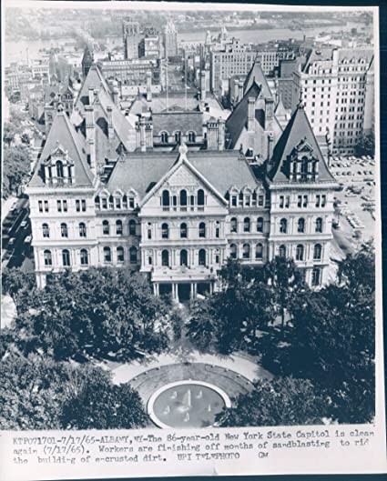 Amazon com: 1965 Wire Photo NY State Capitol Workers
