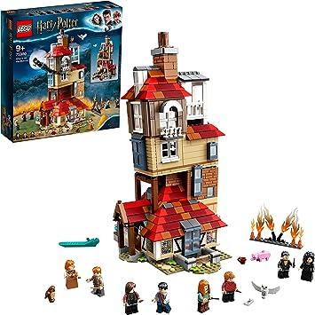 Lego 75980 Harry Potter Attack On The Burrow Amazon De Spielzeug