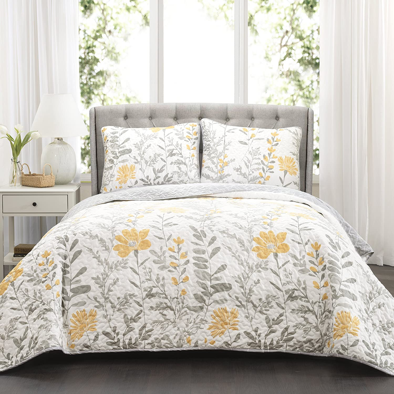 Lush Decor Yellow Aprile Reversible Quilt 3 Piece Floral Leaf Design Bedding Set-King Gray