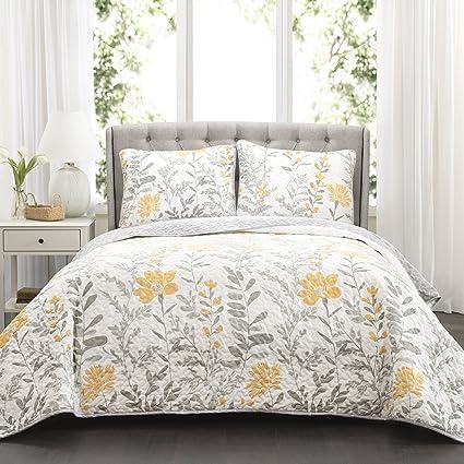 Amazon Com Lush Decor Yellow Aprile Reversible Quilt 3 Piece