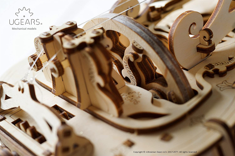 Ugears Ghironda Ghironda Ghironda in Legno, Strumento Musicale (Kit Fai da te da Costruire) Per musica Folk e Moderna  Modello Realmente funzionante con Manovella e 6 Tasti  Adatto a principianti, Idea Regalo Originale 506b3c