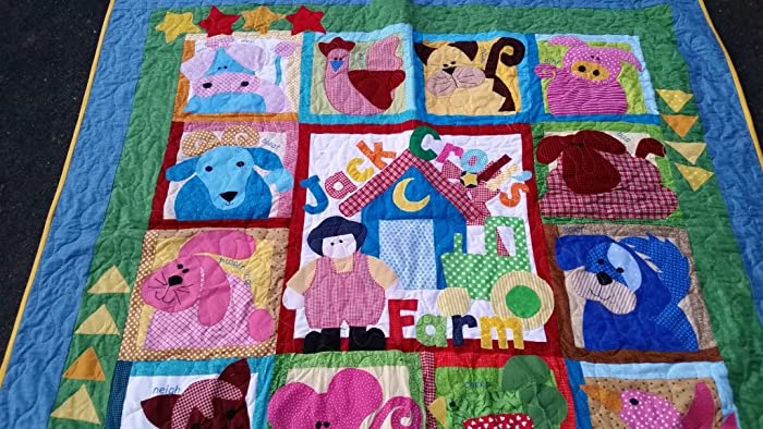 Amazon.com: Farm Crib Quilt, Farm Twin Quilt, Farm Lap Quilt ... : the quilt farm - Adamdwight.com