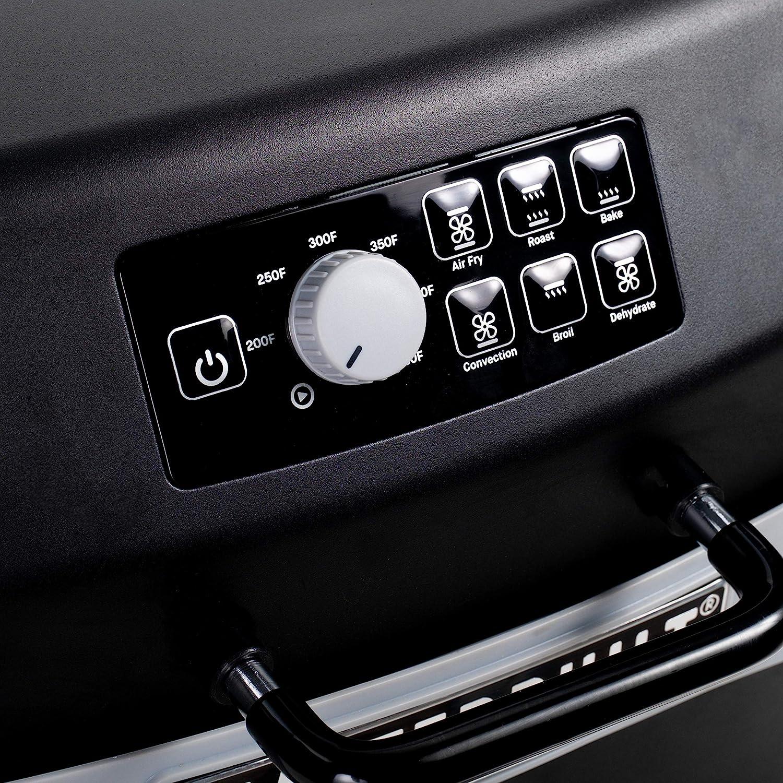 Black Masterbuilt MB20013020 7-in-1 Outdoor Air Fryer