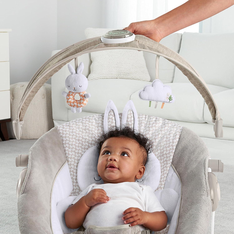 Ingenuity Babywippe mit Lichtern Hase