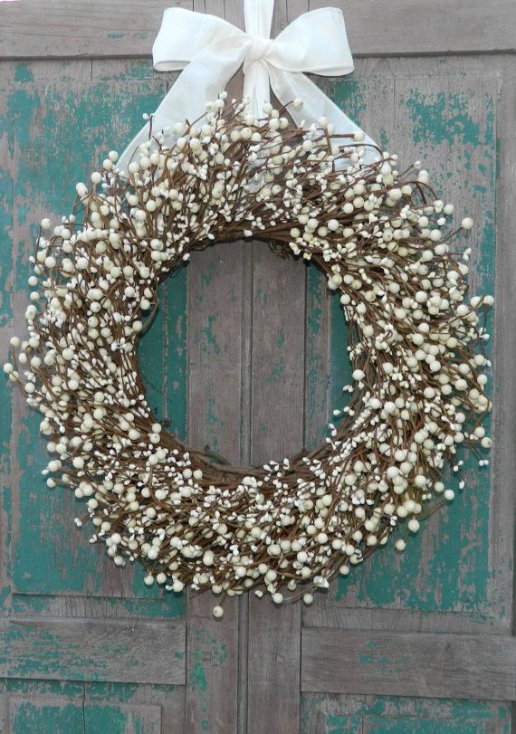 Cream Everyday Wreath Four Season Berry by EverBloomingOriginal