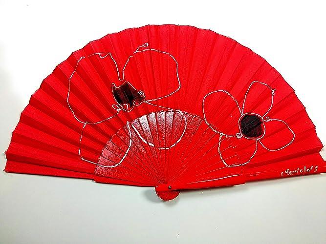 Abanico Rojo Pintado a Mano en madera de Peral, Serie FLORES,