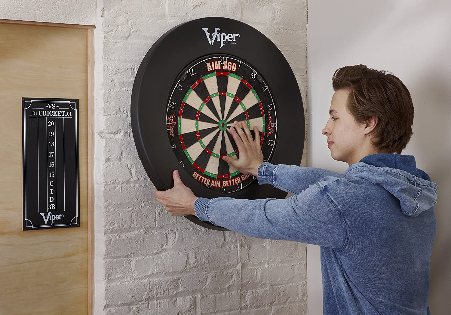 Viper by GLD Products Guardian Dartboard Surround Sisal/Bristle Steel-Tip Dartboard Wall Protector