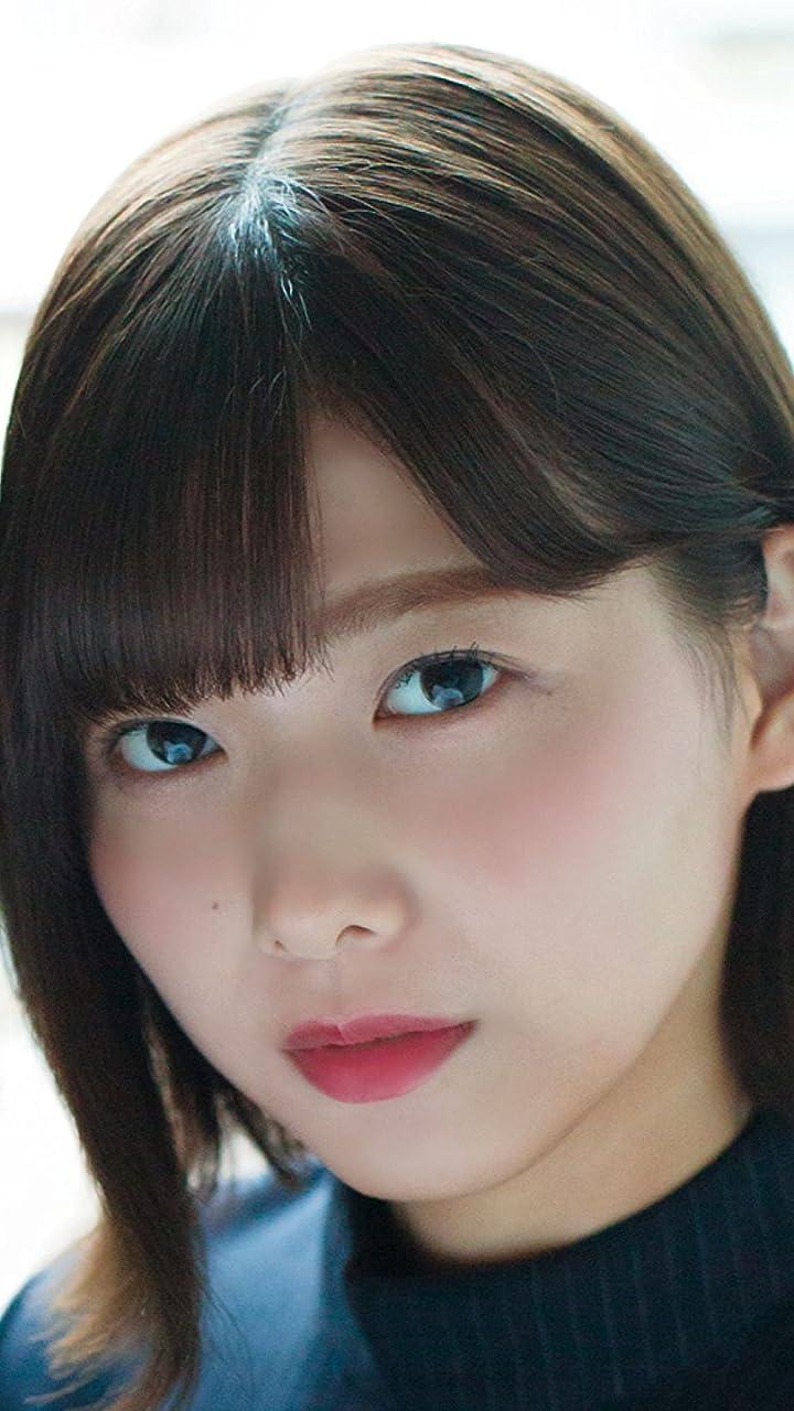 欅坂46 渡邉理佐(わたなべ りさ) HD(720×1280)壁紙画像