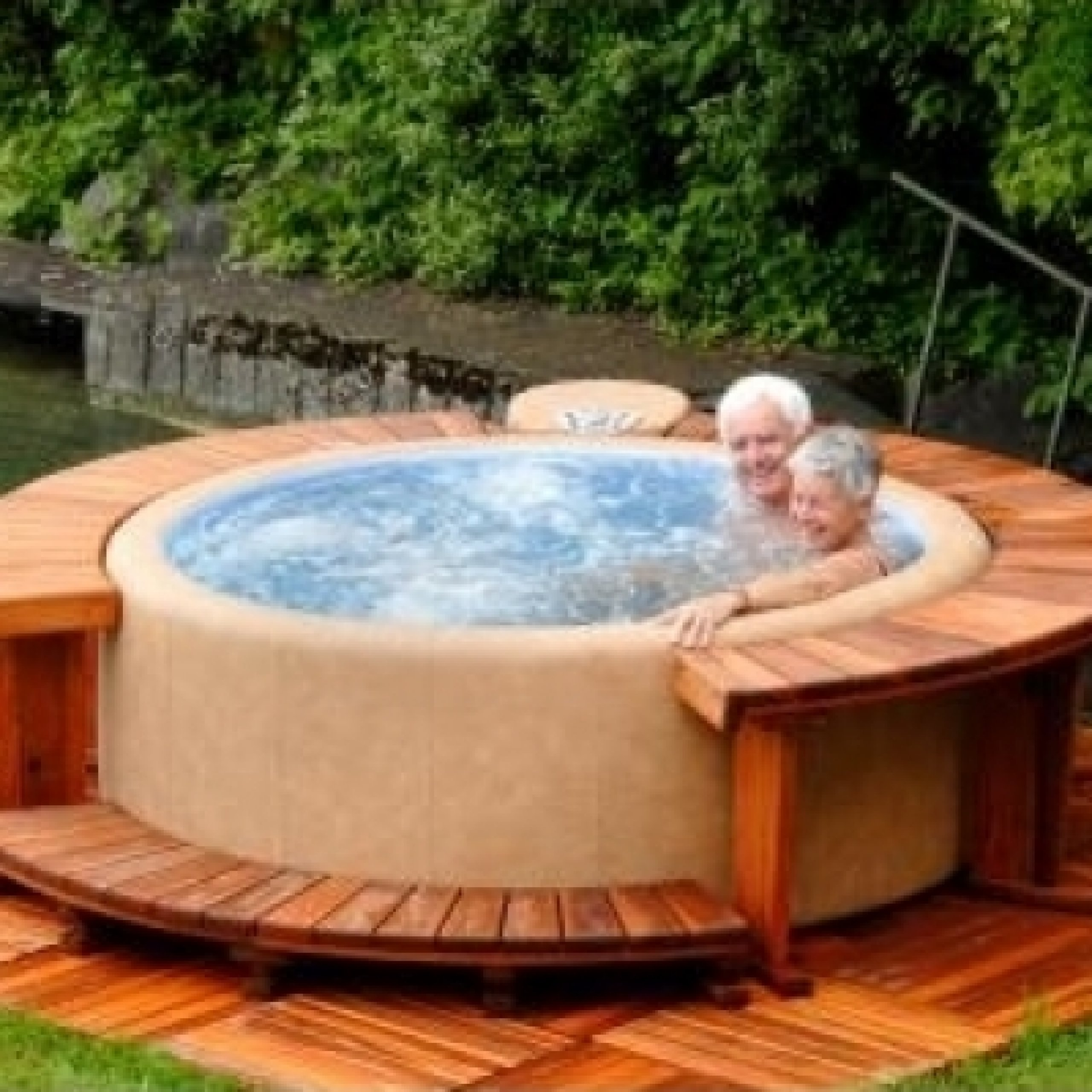 Softub Whirlpool Modell Legend 220 3 4 Personen Camel Pearl: Amazon.de:  Bücher