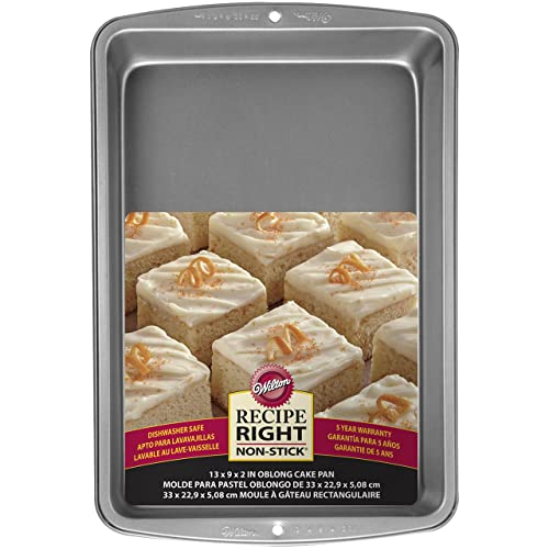 Wilton Rectangle Deep Cake Tin, Recipe Right, 33cm x 22.9cm (13in x 9in)