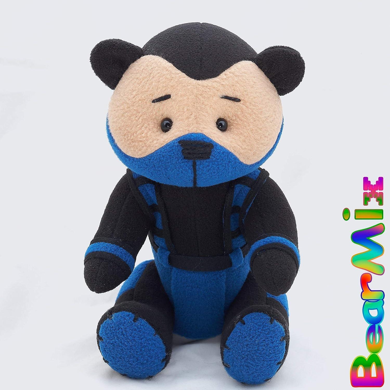 Amazon.com: Sub-Zero bear - mortal kombat 3 Bi-Han Lin Kuei ...