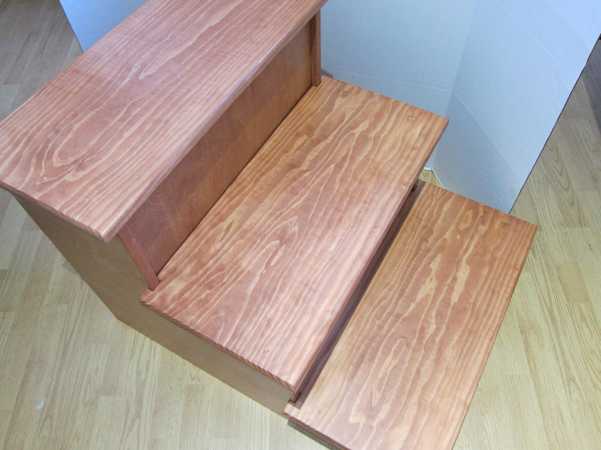 Large Pet Stairs with Riser Fronts - 24'' Tall