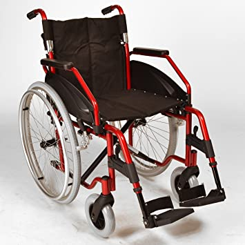 lightweight folding self propelled wheelchair with quick release