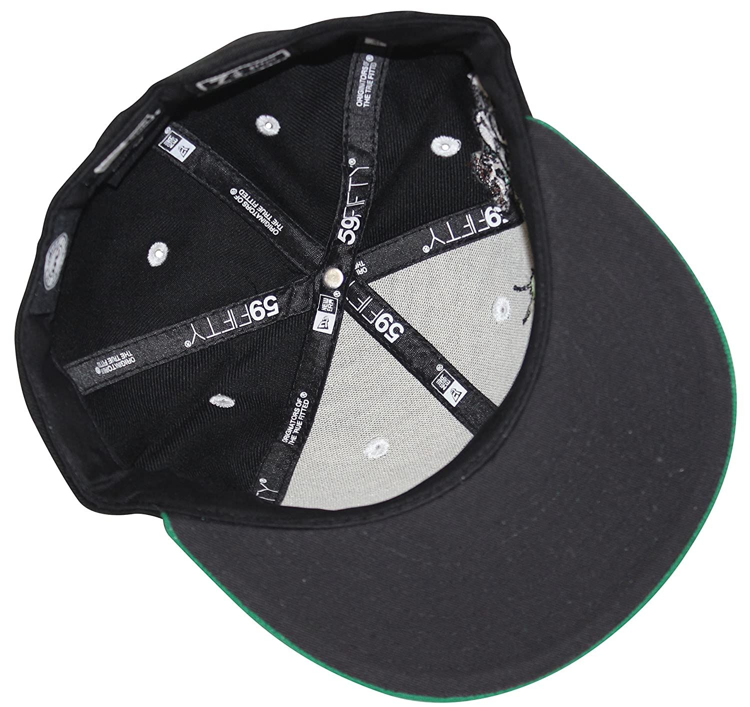 3a6d0398f8a54 New Era 59Fifty Green Lantern Green Black Fitted Cap (7 1 2) at Amazon Men s  Clothing store