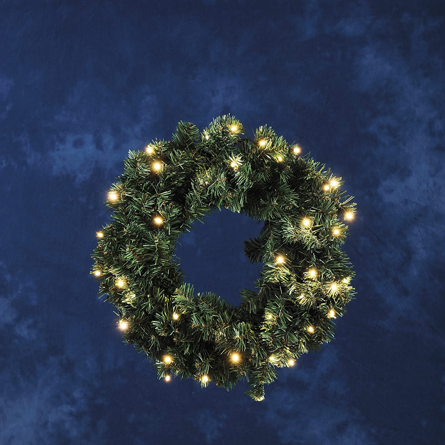 Konstsmide Outdoor Battery Operated Wreath 60 LEDs 60 cm with Dusk