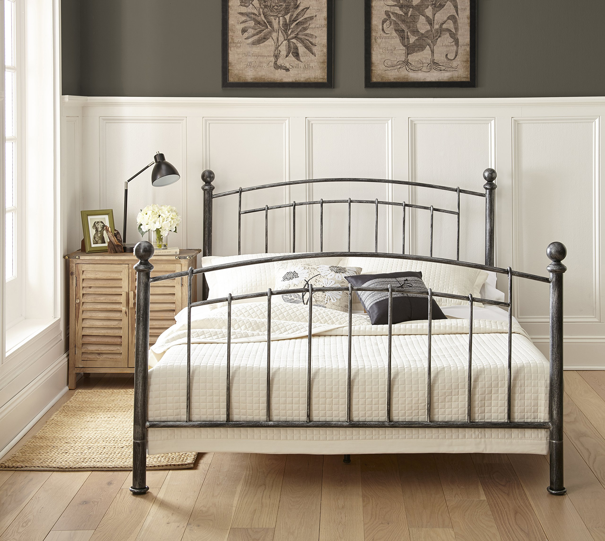 Flex Form Chandler Metal Platform Bed Frame / Mattress Foundation with Headboard and Footboard, Queen by Flex Form (Image #2)