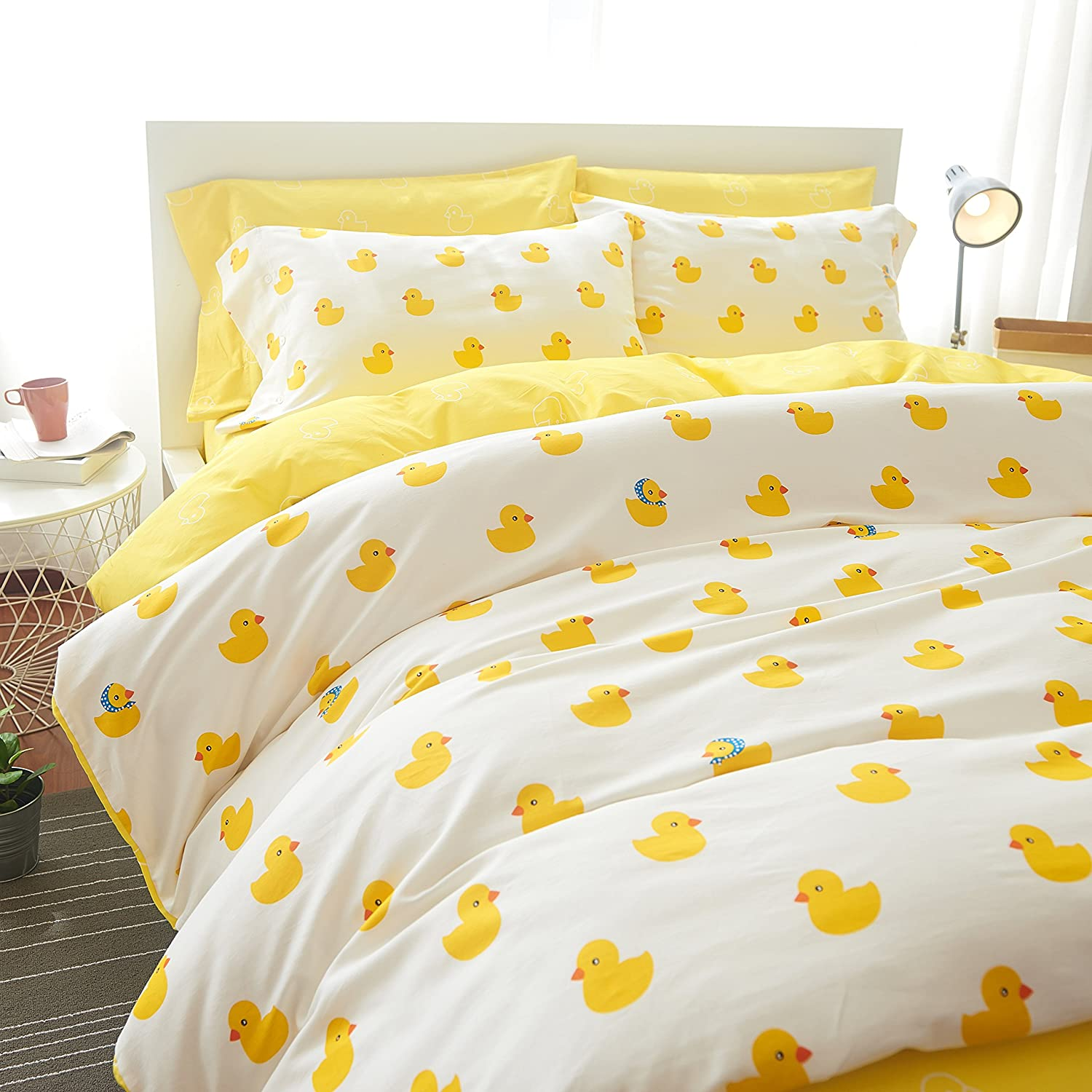 Bedream Luxury Soft 100% Long-Staple Cotton Duvet Cover Set, Reversible Lovely Cartoon Pattern Bedding Sets with Buttons (Full Size/4PCS, Little Duck/Yellow)