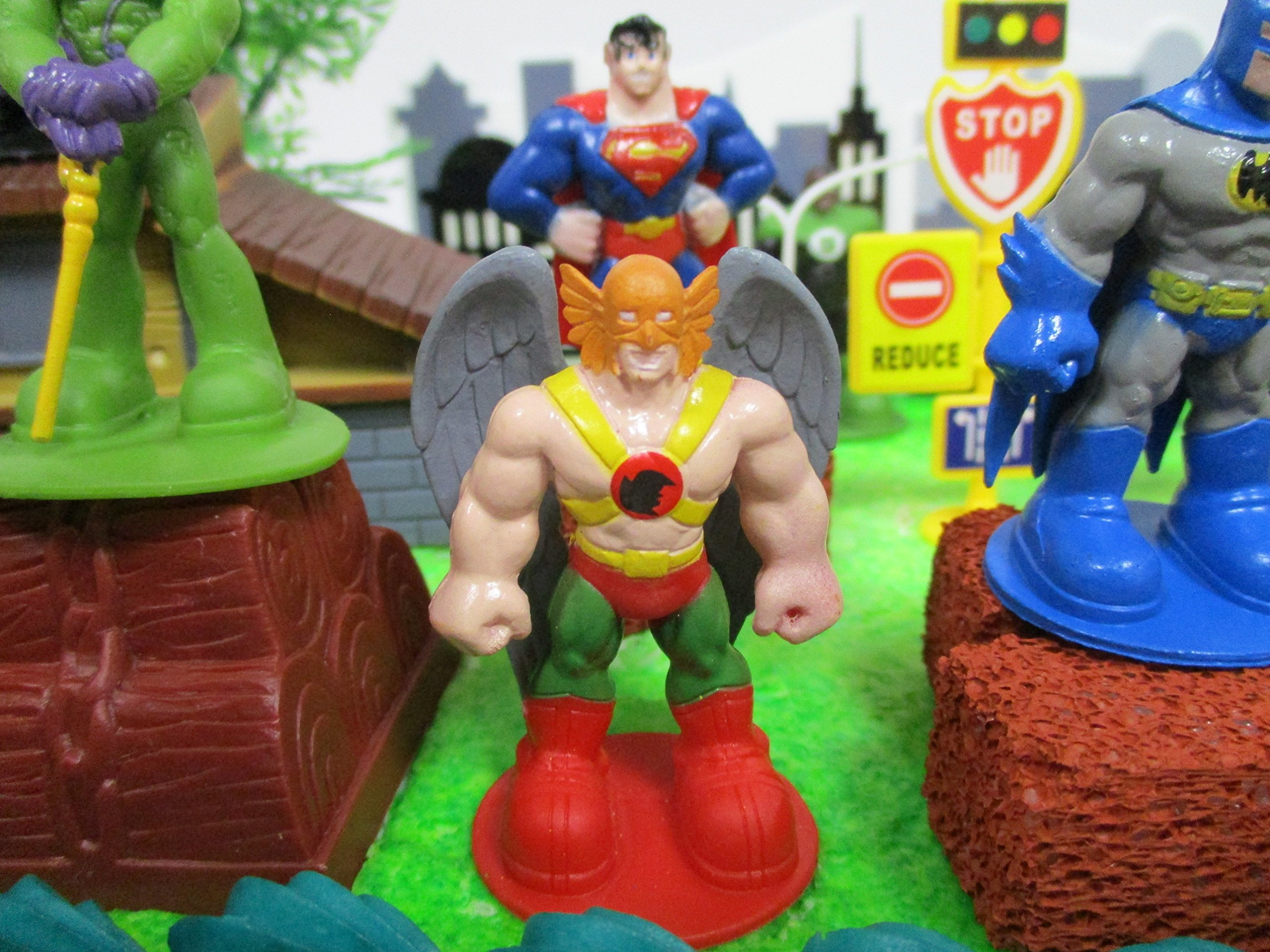 DC Comic Super Friends Birthday Cake Topper Set Featuring Super Hero Crime Fighters and Villains with Decorative Accessories by Kitoo (Image #4)