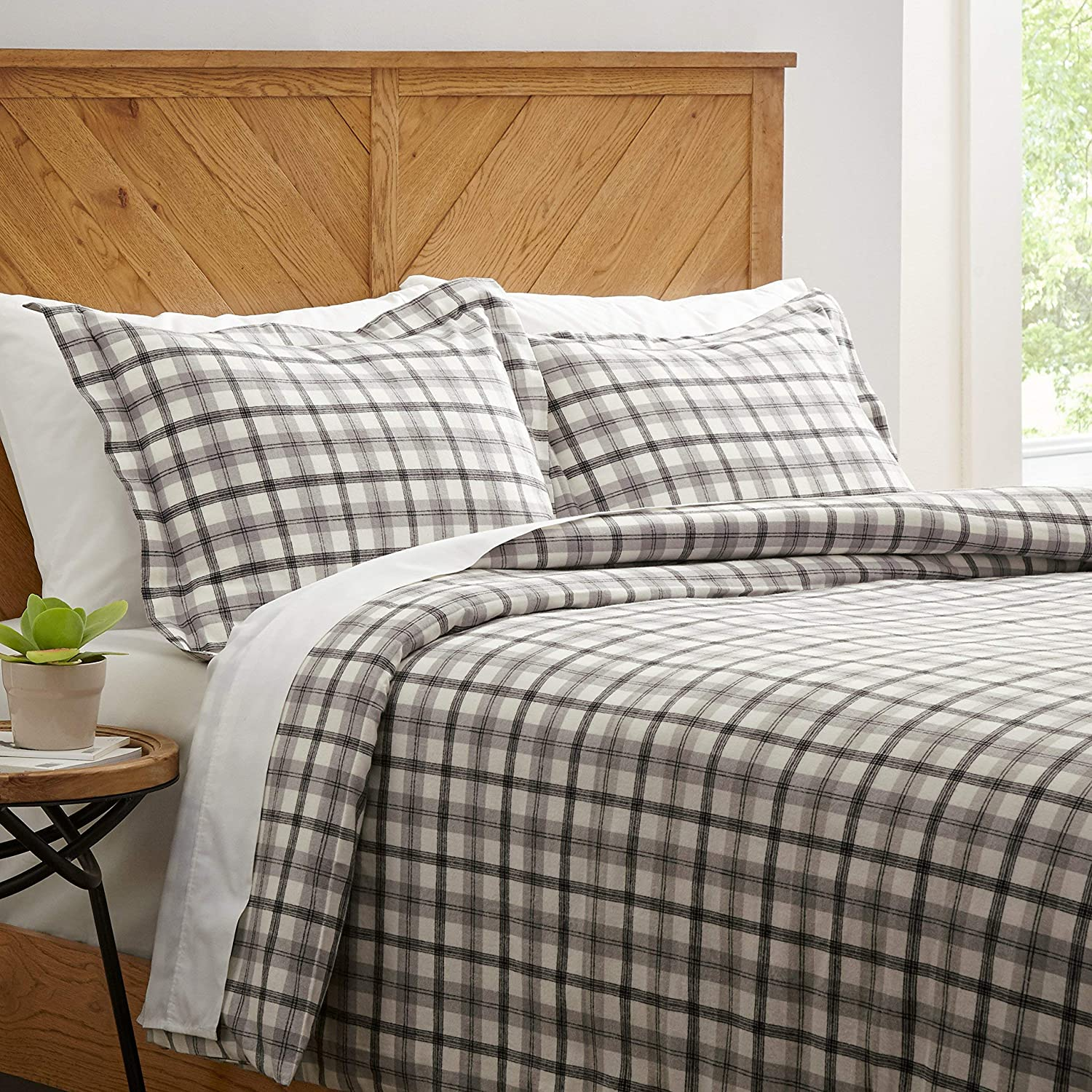 Stone & Beam Rustic Plaid Flannel Duvet Cover Set, Full / Queen, Black and White