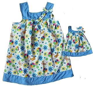 Doll Clothes Superstore Taglie 7 Abito da Ragazza e Bambolina Abbinato con Bordo Blu