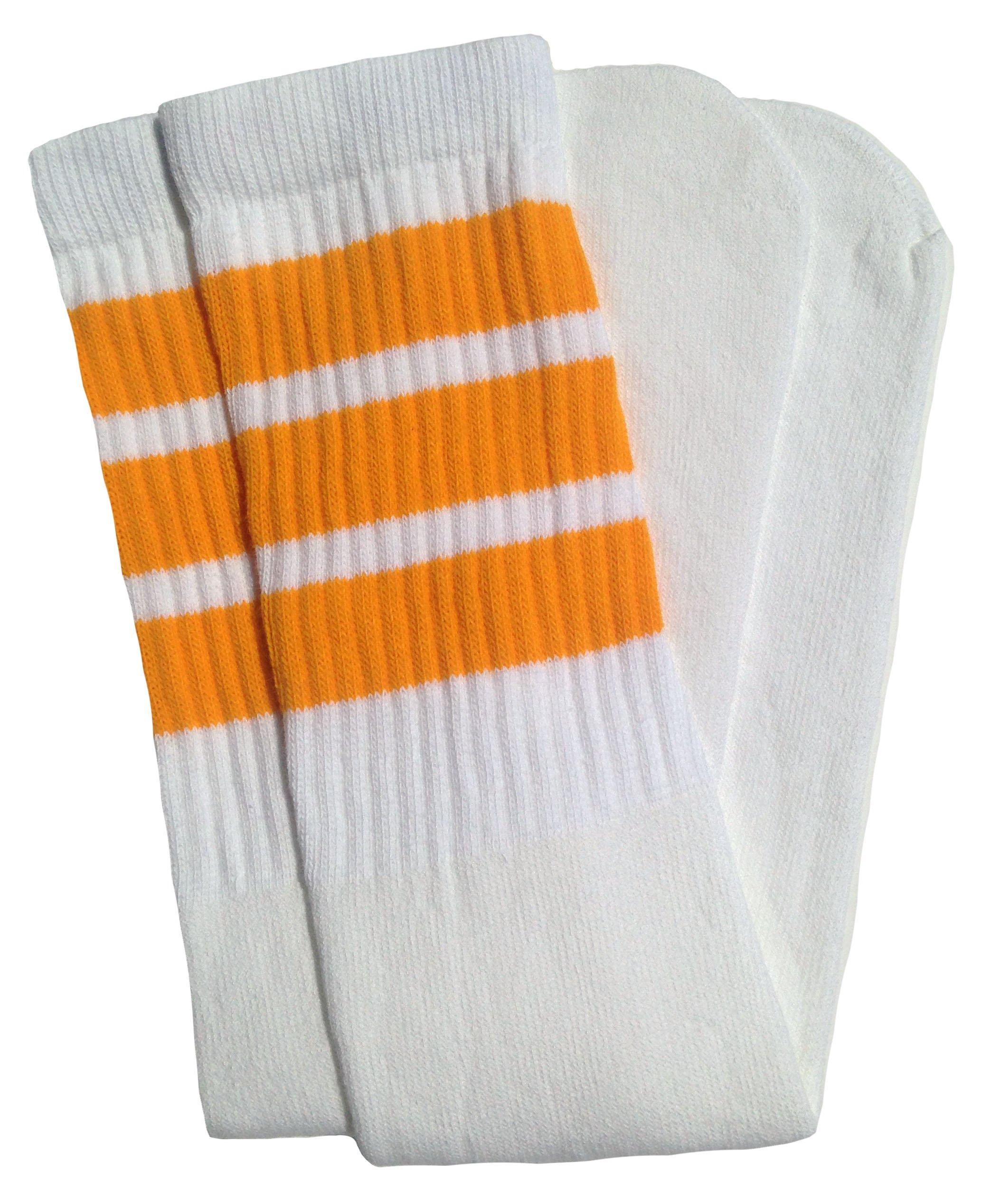 Skater Socks 19'' Mid calf White tube socks with Gold stripes style 1