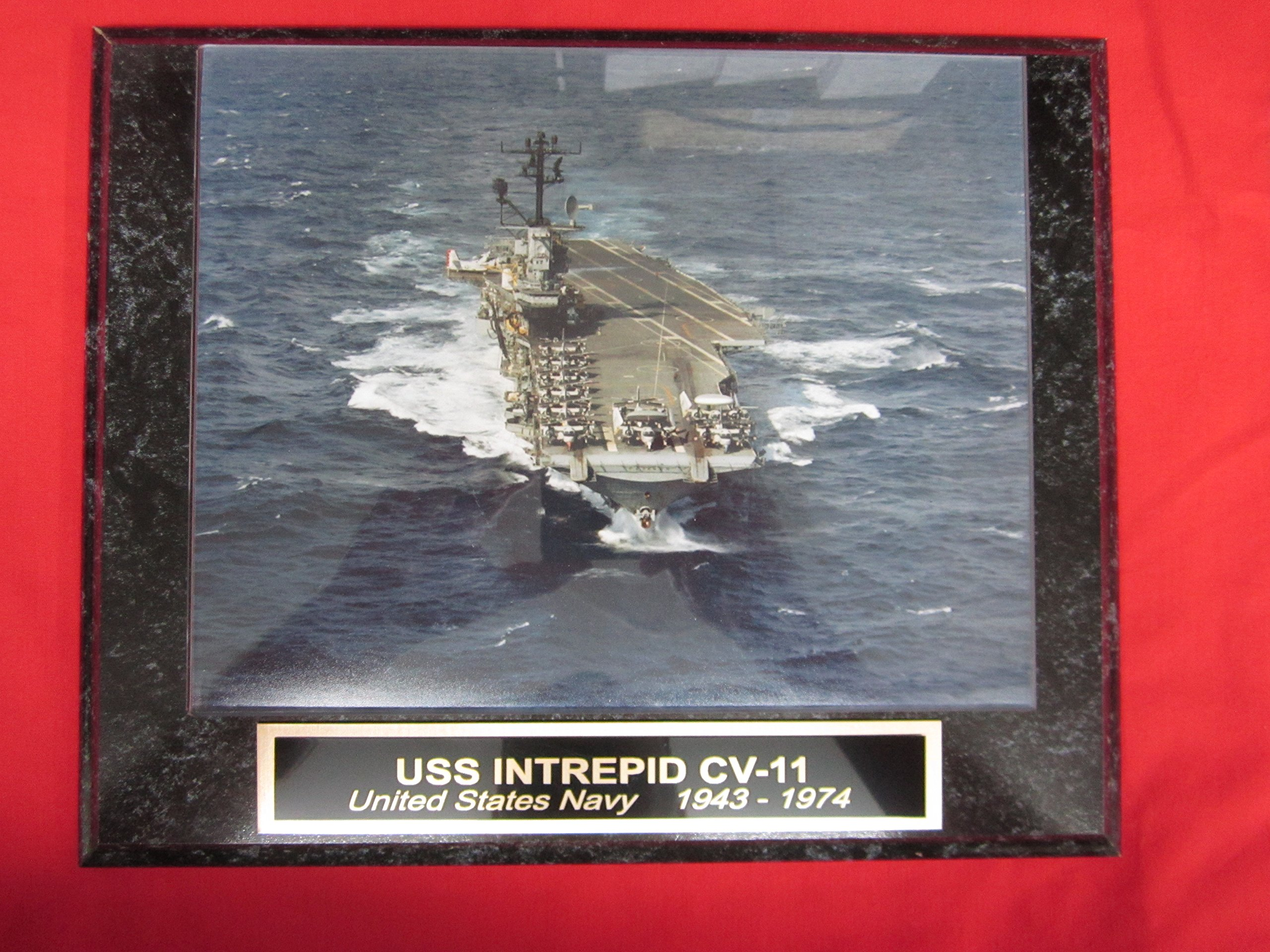 US Navy USS INTREPID CV 11 Collector Plaque w/8x10 Photo!