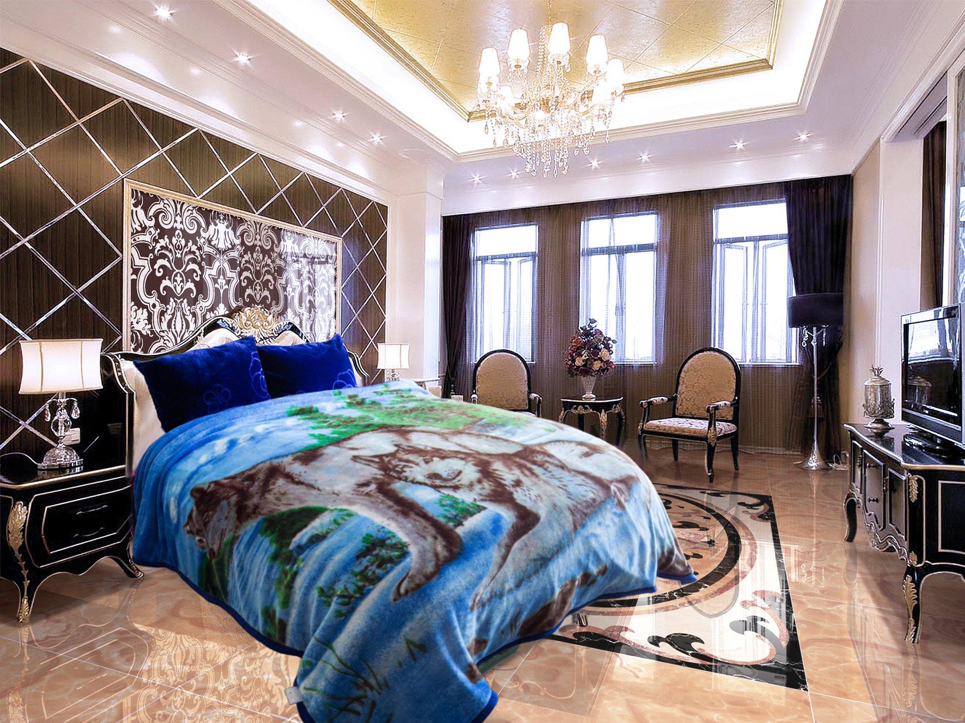 Jml Heavy Duty Korean Mink Blanket - 4.9 lb Soft Warm Plush Fleece Bed Blanket for Winter, 85x93 inch(King, Blue&Wolf) by Jml (Image #2)