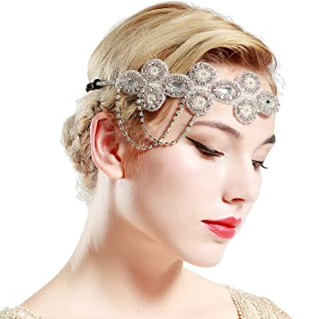 Amazon.com   BABEYOND 1920s Flapper Headband Crystal Great Gatsby Themed Wedding  Headpiece Roaring 20s Flapper Gatsby Hair Accessories (Silver)   Beauty 9c176b9241a