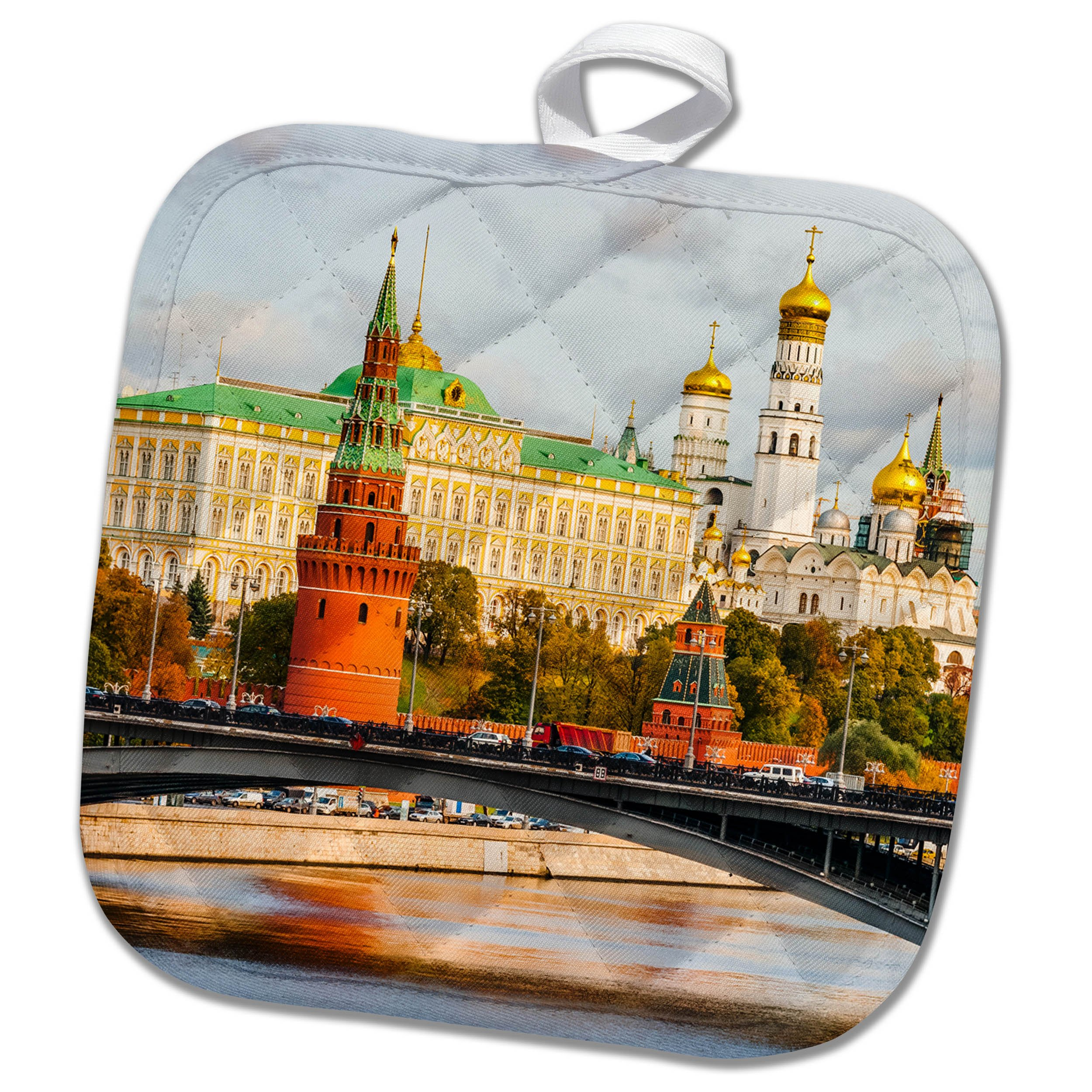 3dRose Alexis Photography - Moscow Kremlin - Moscow Kremlin in autumn. River, bridge, towers, palace and belfry - 8x8 Potholder (phl_267327_1)