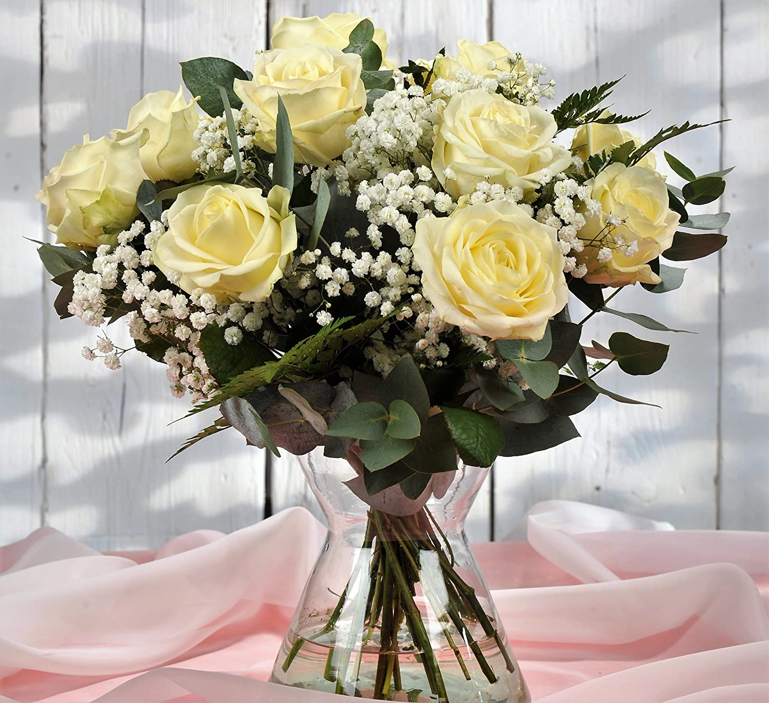Stunning 12 Luxury Large White Rose Flower Bouquet Delivered - Free UK Next Day Delivery in a 1hr Time-Slot 7 Days a Week - Personalised Handwritten Card & Gift Wrapped Homeland Florists