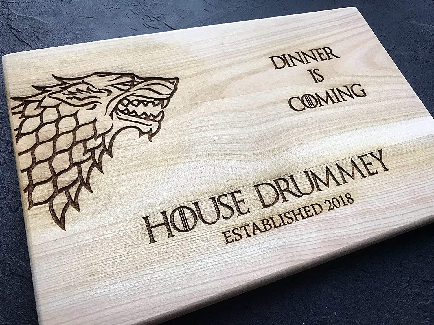 Personalized Cutting Board Dinner is coming Game of thrones House Stark Direwolf Engraved Custom Family chopping Wedding Gift Anniversary Housewarming Birthday Christmas game01