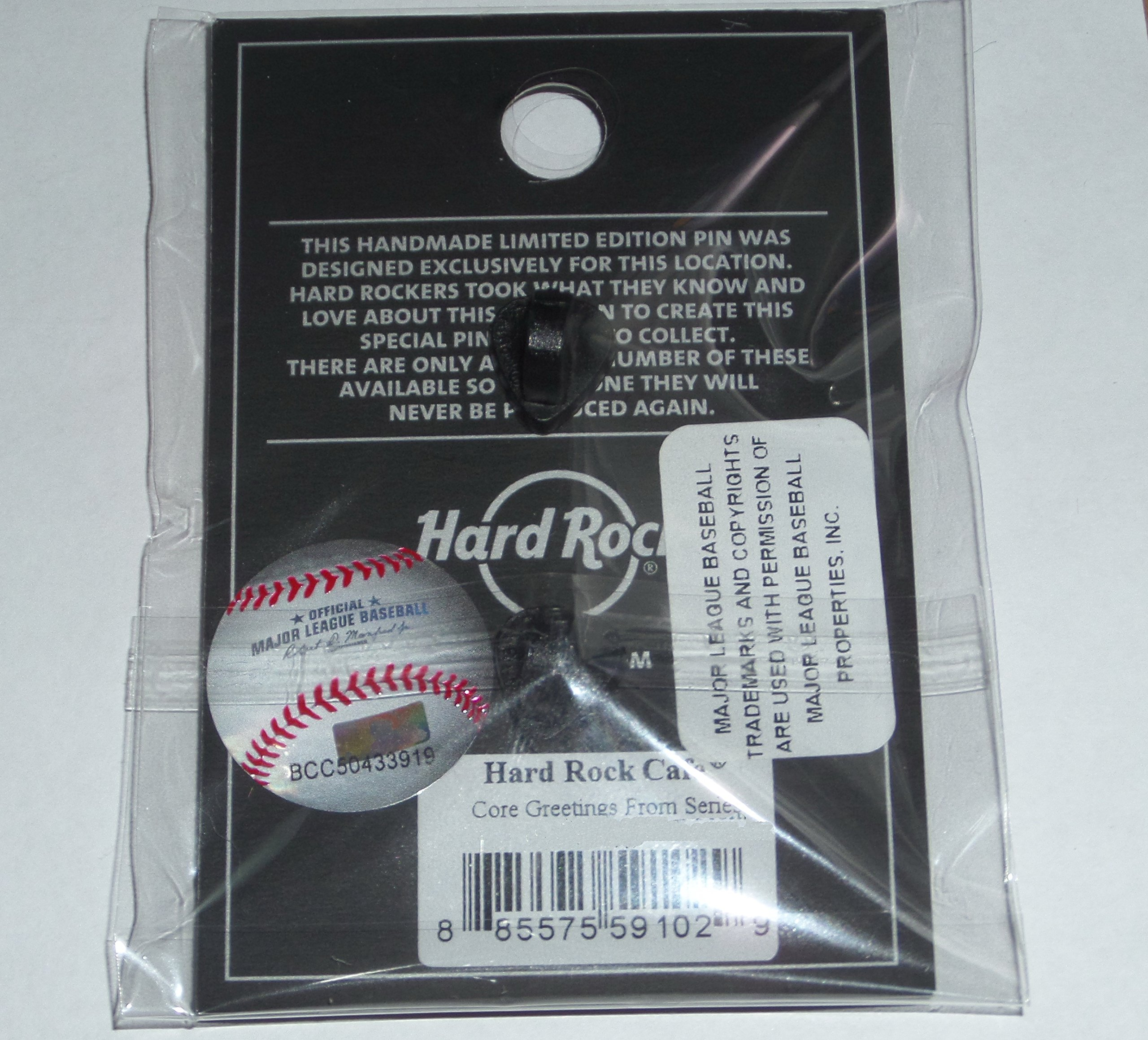 CORE GREETINGS FROM YANKEE STADIUM NY HARD ROCK CAFE PIN 2017 L/E SERIES HRC NYS