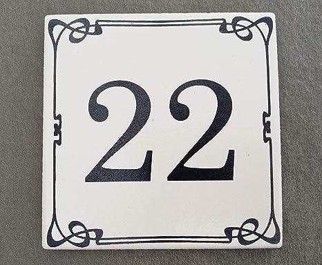 Numeri Civici In Ceramica.Mosaici Guizzo Numero Civico In Ceramica Incisa Colore Bianco Stile Liberty
