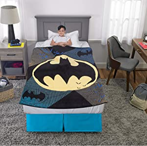 "Franco Kids Bedding Super Soft Plush Throw, 46"" x 60"", Batman"