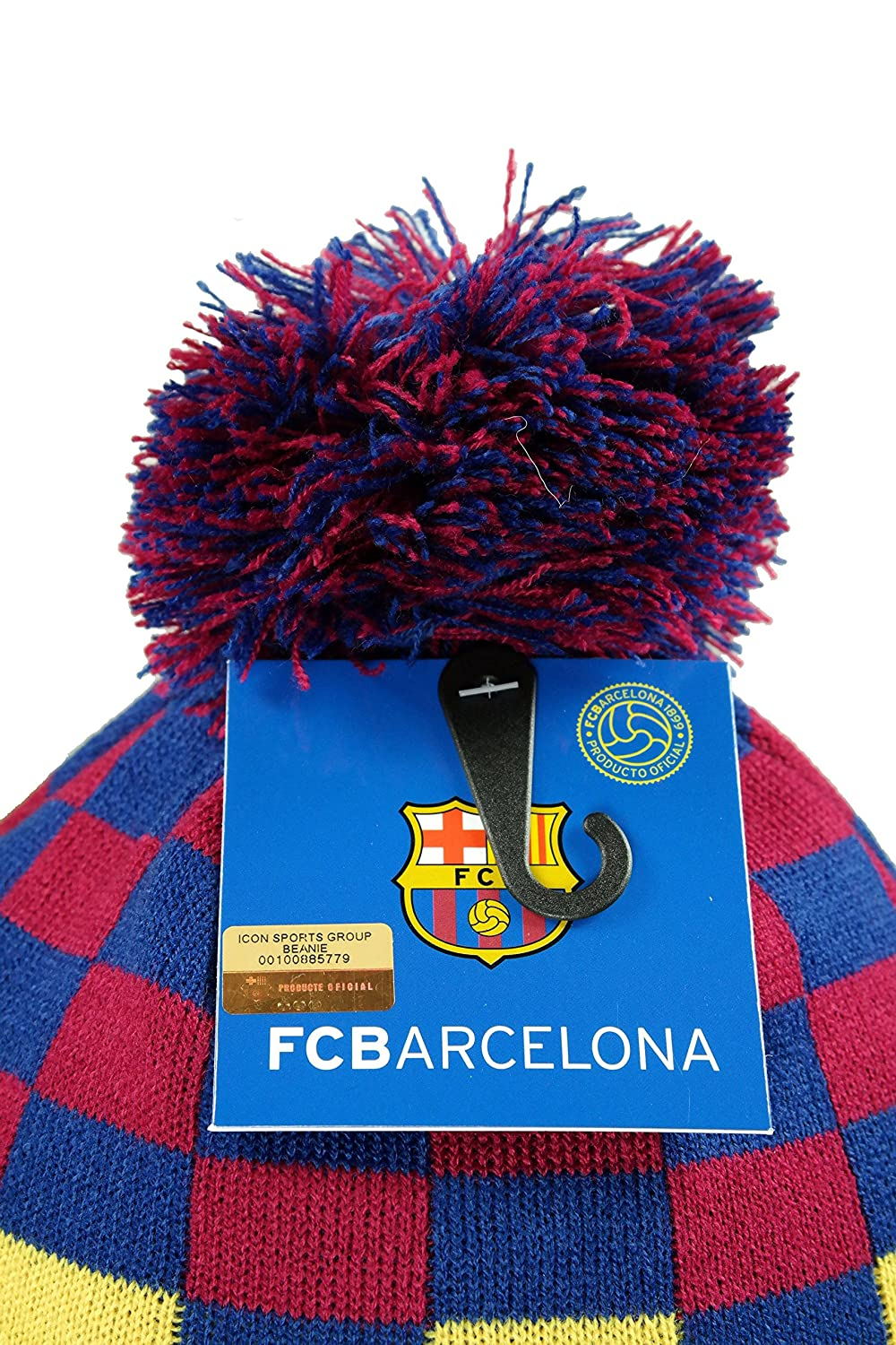 9b8a1b4cb7c Amazon.com   FC Barcelona Authentic Official Licensed Product Soccer Beanie  - 001   Sports   Outdoors