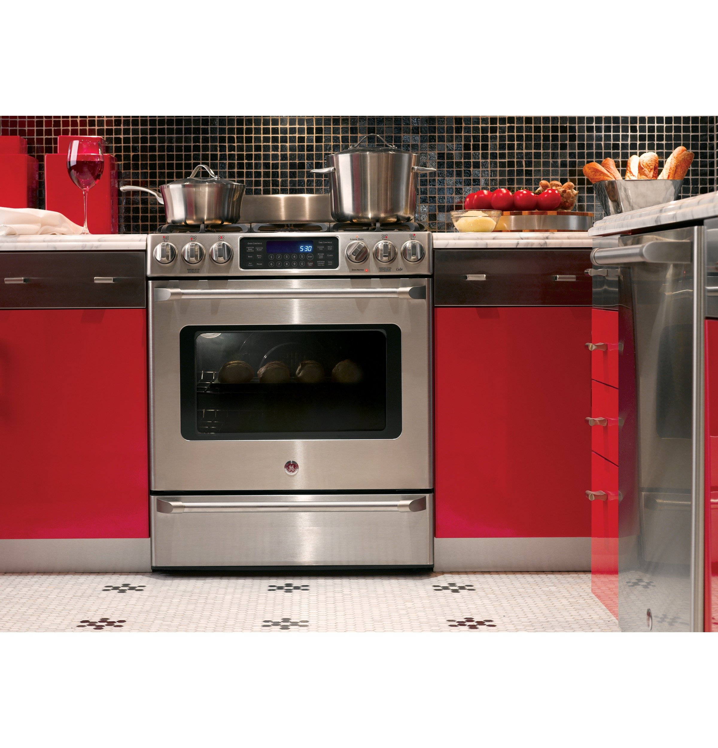 GE C2S985SETSS Cafe 30'' Stainless Steel Dual Fuel (Gas) Sealed Burner Range - Convection