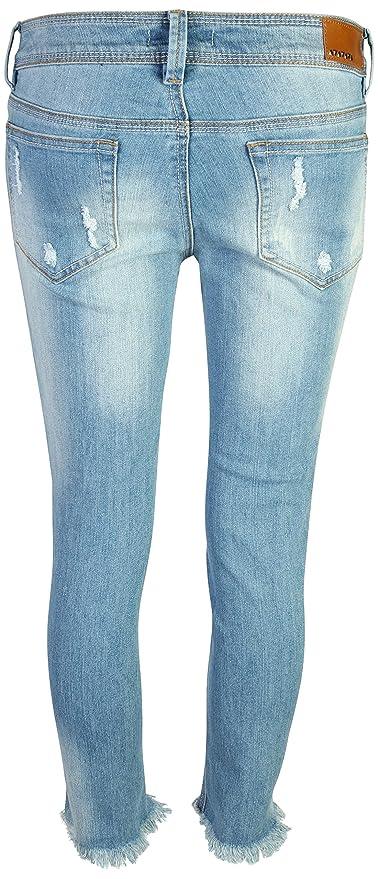 Amazon.com: Dollhouse pantalones vaqueros capri ajustados ...