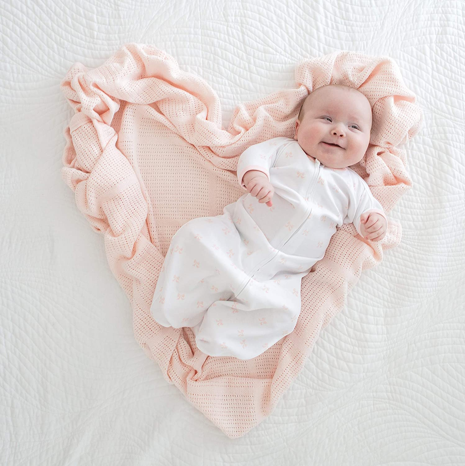 Pink 0-3 Months Small Amazing Baby Transitional Swaddle Sack with Arms Up Mitten Cuffs Tiny Bows